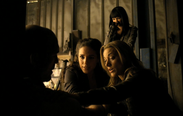 Kenzi's faces this scene are priceless. I'm a big fan of the silhouette, too.
